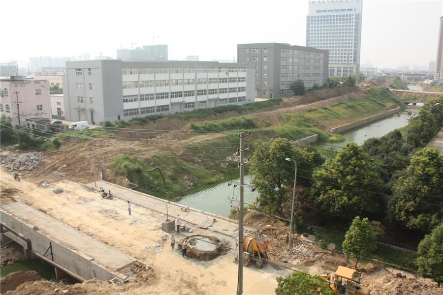 花山东路建桥引水工程即将完工