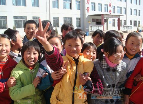 宣城市推进教育扶贫工程 37600名寒门学子得到资助
