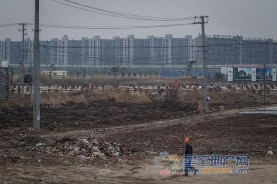 秦虹:今年房地产政策总原则是靠农民工去库存