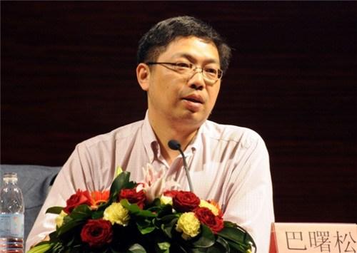 巴曙松:中国房地产行业还在收缩的大趋势