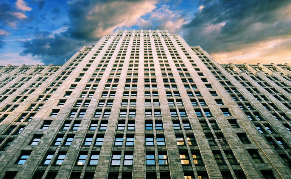 楼市过热警报已拉响 分类调控政策料在更多城市上演