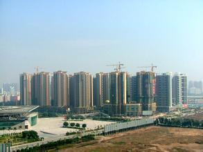 美媒:中国开发商仍在高价买地 部分地价超周边房价
