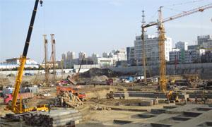 宿州中心广场:售楼部开放 桩基建设火热展开