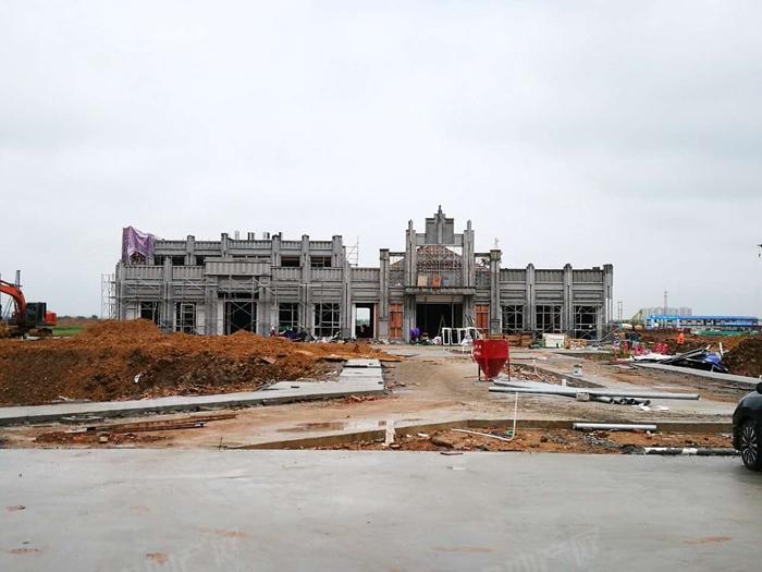 富力金禧悦城项目施工建设中