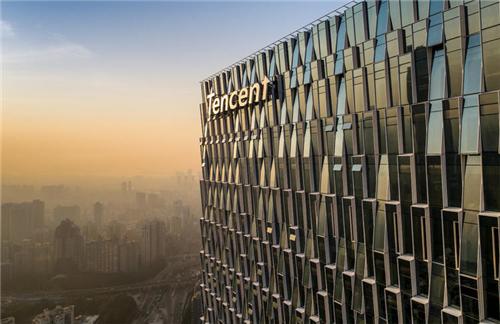 供一万人使用的腾讯新总部 设计了三条多层空中走廊!