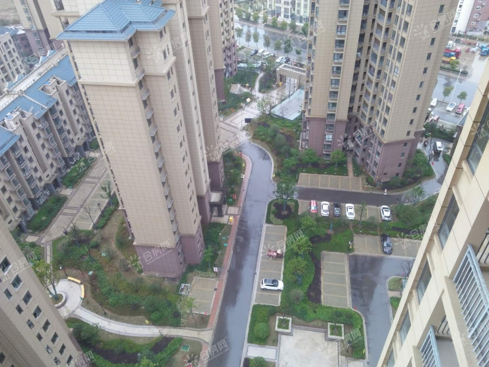 [城改春景花园]城改春景花园2室2厅1卫87平方产权房毛坯