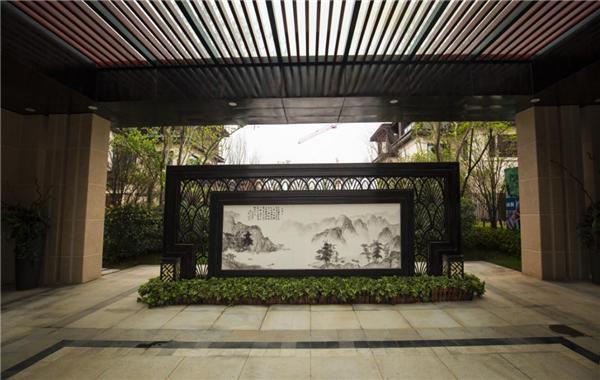 新滨湖•孔雀城 以全心全意服务致敬美好生活