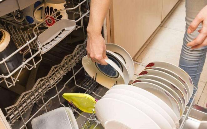 各方厂商蜂拥而至,洗碗机行业躲不过价格战?