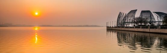 荣盛华府二区 生活说 这里有世界湖居经典