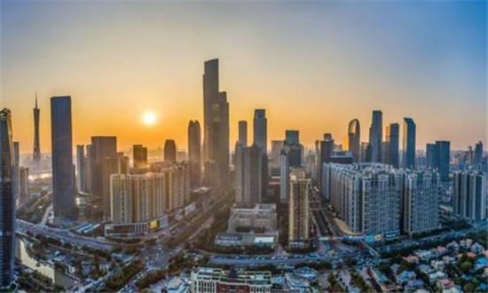 任泽平:城镇化到城市群尽快确立城市群都市圈模式