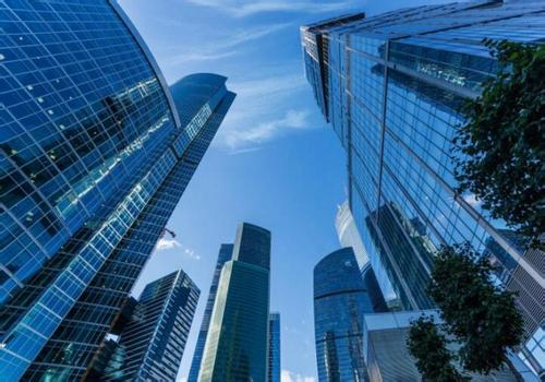 经济日报:各地大力引进人才并非救市 稳定楼市不是说说而已
