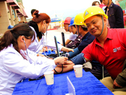 碧桂园在全国项目标段推动免费体检 关注工友健康