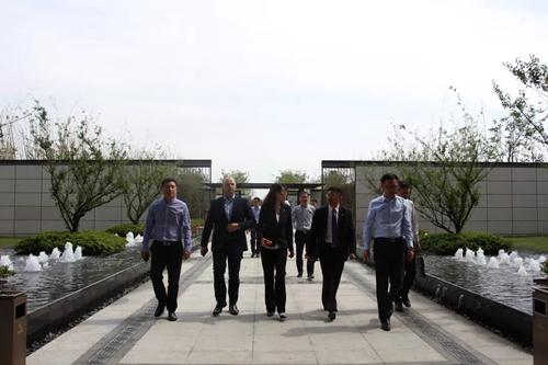 绿地汉诺威会展公司一行莅临亳州公司考察交流