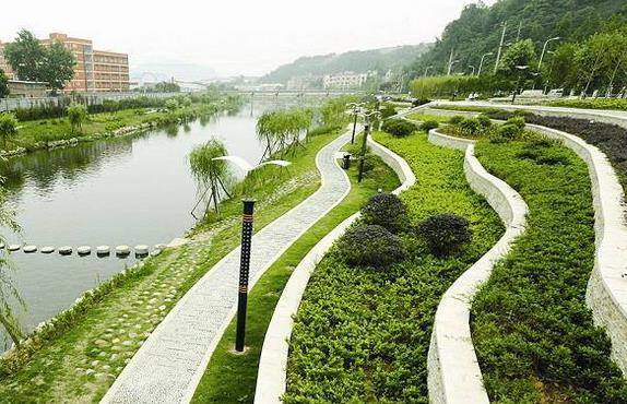 """广东:""""城中村""""首次纳入农村人居环境整治行列"""