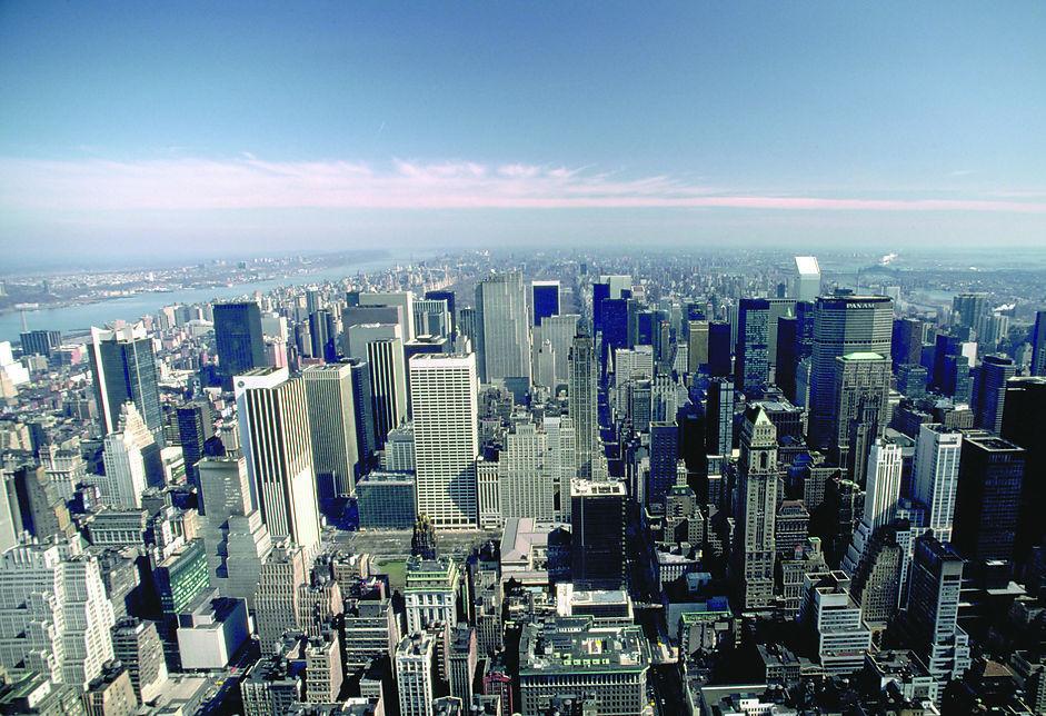 扎堆拿地 房企集中布局一二线城市