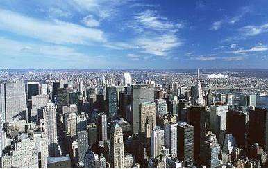 评论:二三线城市争建摩天大楼 天际线下暗藏风险