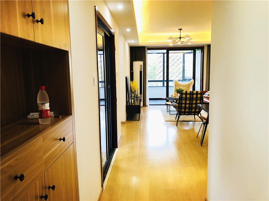 三室两厅一卫 新里城·理想家约92㎡样板间赏析