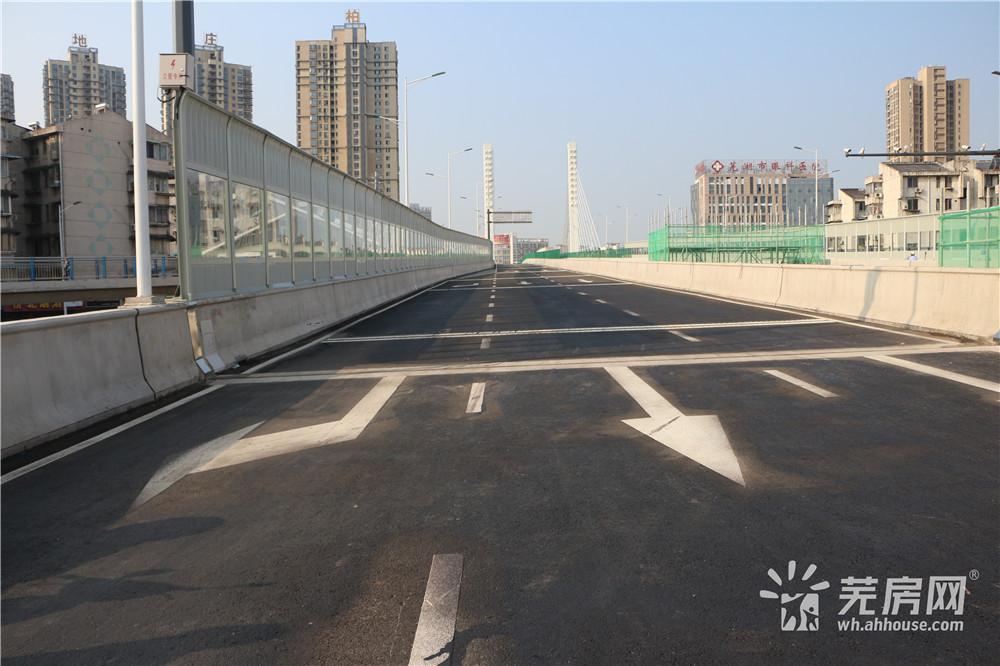上午八点 芜湖新中江桥正式通车!现场情况一览……