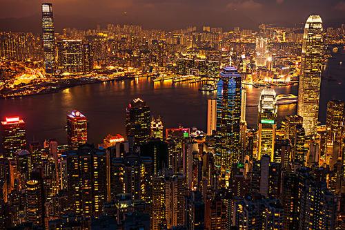 香港8月一手豪宅买卖半年新低 收回土地发展公屋