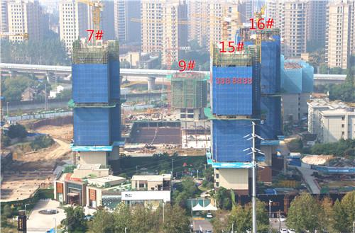 镜湖世家10月工程进度:3#楼已建至9层左右