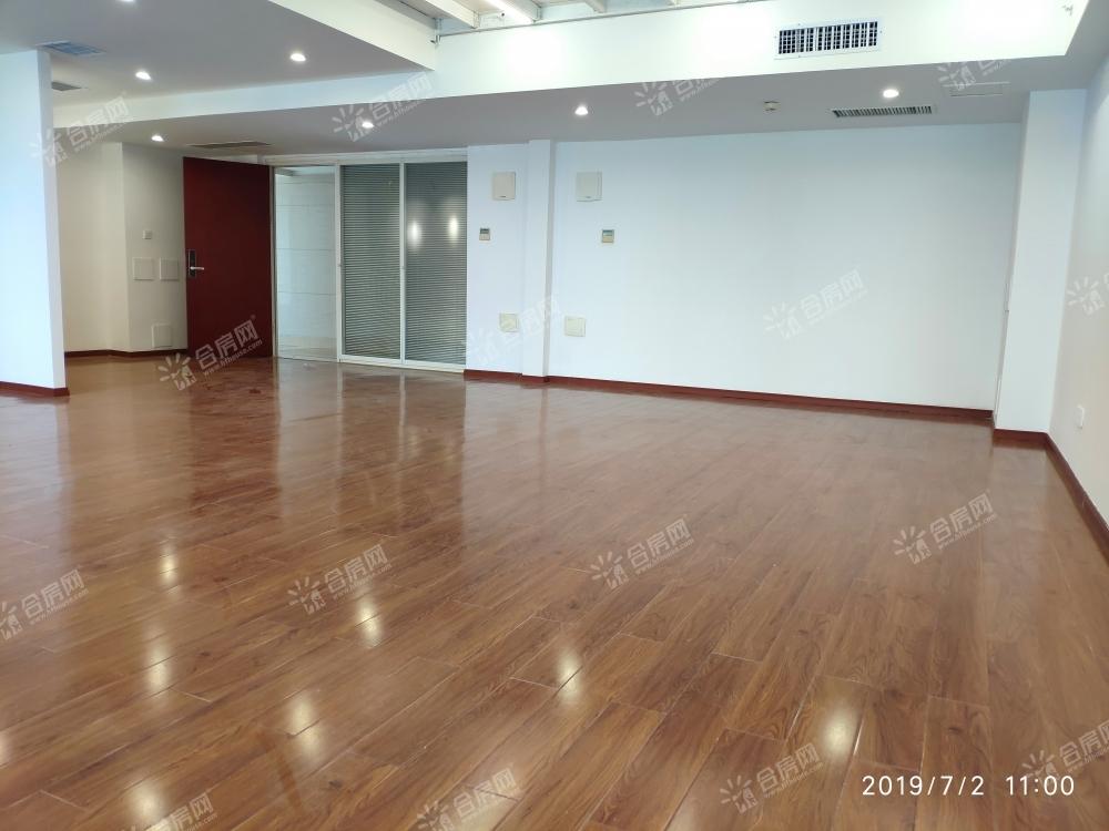 [蔚蓝商务港]个人出租蔚蓝商务港精装修,可配家具