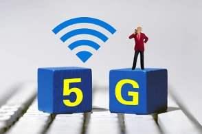 去年底全国建成5G基站超13万 超额完成提速降费任务