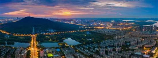 龙湖丽丰·西宸原著远见城市未来!