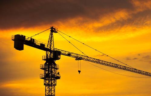 淮南凤台县一建筑工地塔吊倒塌 造成5人死亡