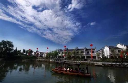 关闭26天后三河古镇景区恢复开放 应届中高考生免费