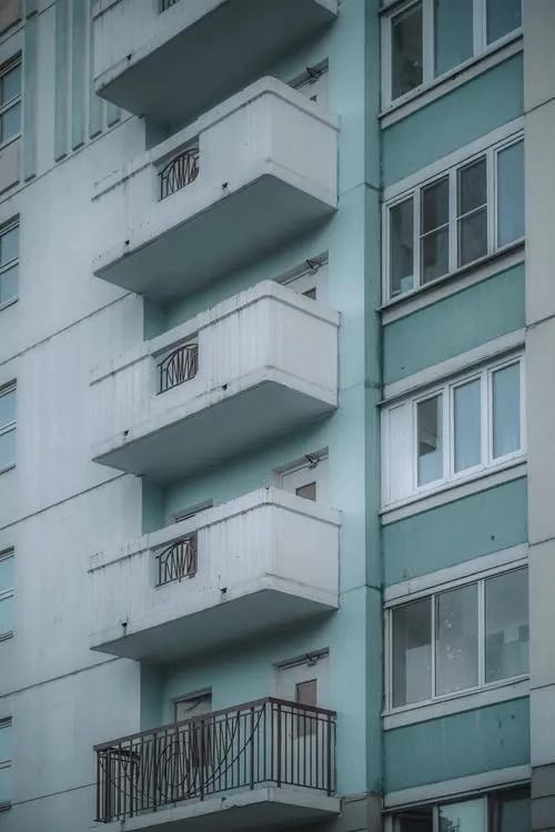 多地楼市动荡 房价在降 你是当下买房还是继续观望?